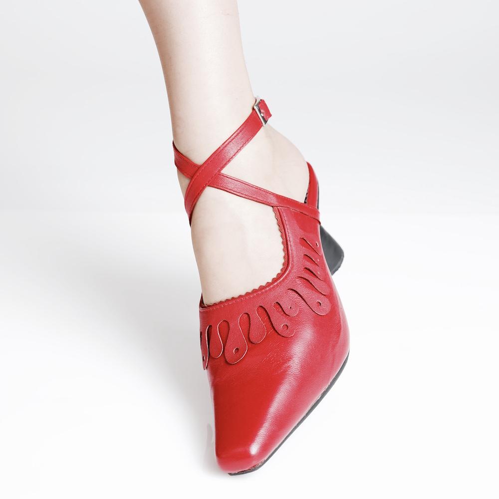 LOMAS_red_leg